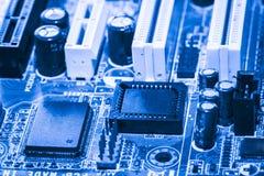 Résumé, fin aux circuits électroniques, nous voyons la technologie du mainboard, qui est le fond important du comput photos stock