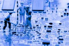 Résumé, fin aux circuits électroniques, nous voyons la technologie du mainboard, qui est le fond important du comput photo stock