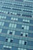Résumé générique de façade moderne en verre de bureau Image stock