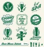Rétro étiquettes et collants de bière illustration libre de droits