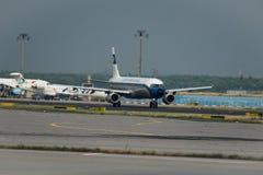 Rétro avion de livrée de Lufthansa Images stock
