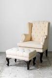 Rétro chaise beige Photo stock