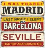Rétro collection unique de signe de bidon avec des villes en Espagne Image libre de droits