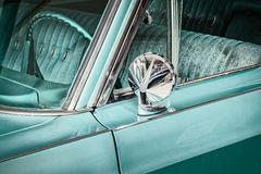 Rétro détail dénommé d'une voiture de vintage Images stock
