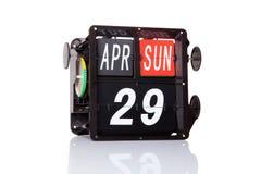 Rétro date de calendrier mécanique d'isolement Image stock