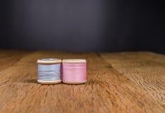 rétro fil en bois de bobine Images stock