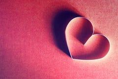 Rétro heureux des textes de forme de coeur Images stock