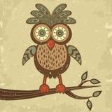 Rétro hibou mignon de type sur un branchement illustration stock