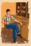 Rétro homme buvant dans la barre Photographie stock libre de droits