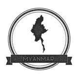Rétro insigne affligé de Myanmar avec la carte Photos stock