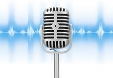 Rétro microphone avec l'onde sonore image libre de droits