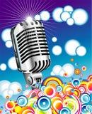 Rétro microphone dans le ciel bleu - JPG Photographie stock