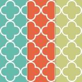 Fond sans couture de modèle de trèfle dans trois couleurs à la mode distinctes Photographie stock libre de droits