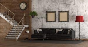Rétro pièce avec l'escalier et le sofa Images stock