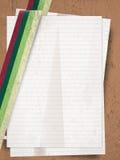 Rétro pile de gungre de feuilles de papier Photo stock