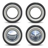 Rétro pneu de voiture de pneu de vecteur Photos stock