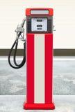 Rétro pompe à gaz Image stock