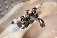 Rétro robinets Photographie stock libre de droits