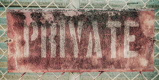 Rétro Rusty Private Sign Image stock