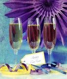 Rétro scène grunge de partie de bonne année de style avec des verres de champagne Image stock