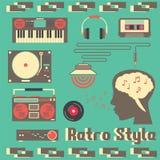 Rétro style de dispositifs de musique Photo stock