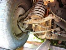 Rétro suspension rouillée de voiture Photos libres de droits