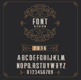 Rétro type police, type lettres, nombres et cadre floral avec l'espace de copie pour le texte ou la lettre - emblème pour la mode Photos stock