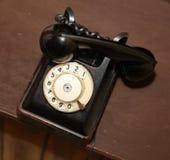 Rétro type vieil apparat de disque de téléphone de noir de vintage Photographie stock
