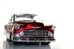 Rétro véhicule rouge image stock