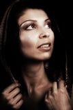 Rétro verticale classique artistique de femme élégante Photographie stock libre de droits