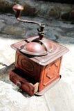 Rétro vieille broyeur de café manuelle Photos stock