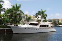Rétro yacht de moteur Photos libres de droits