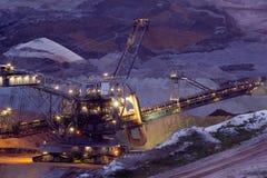 Rétrochargeur dans la mine à ciel ouvert Photo libre de droits