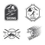 Rétros labels de ski, emblèmes, et ensemble de vecteur de logos illustration libre de droits