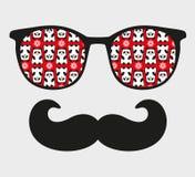 Rétros lunettes de soleil avec la réflexion pour le hippie. Photographie stock