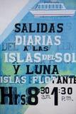 Rétros signes pour des services de ferry locaux, lac Titicaca, Bolivie Image libre de droits