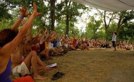 Réunion au festival d'été images libres de droits