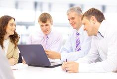 Réunion d'affaires - discuter de gestionnaire image stock
