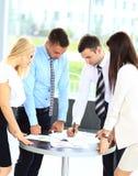 Réunion d'affaires - gestionnaire discutant le travail Photos stock