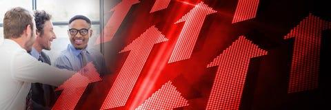 Réunion d'affaires par la fenêtre avec la transition rouge et noire de flèche Image libre de droits
