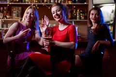 Réunion de soirée dans le club Photos stock