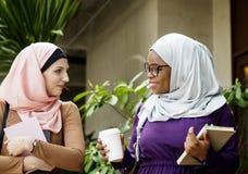Réunion musulmane de femme après classe Photos libres de droits