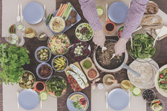 Réunion végétarienne des amis Photo stock