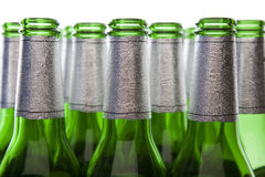 Réutilisation en verre - bouteilles à bière vides Photo libre de droits