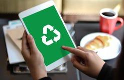 Réutilisez le bio ecosyste vert d'harmonie d'environnement d'économie de forêt d'eco Photographie stock
