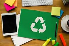 Réutilisez le bio ecosyste vert d'harmonie d'environnement d'économie de forêt d'eco Image stock