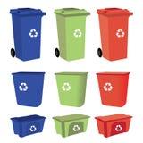 Réutilisez les poubelles sur le fond blanc Photographie stock