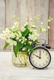 Réveil 10 heures Fleurs Images stock