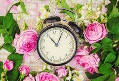 Réveil 10 heures Fleurs Photos libres de droits