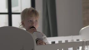Réveillez-vous et chantez banque de vidéos